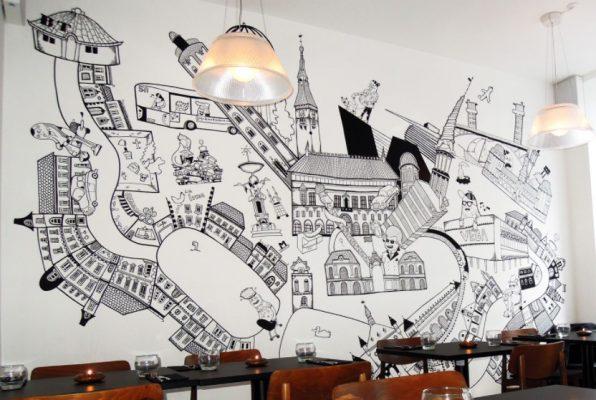 Gambar Mural Hitam Putih di Cafe